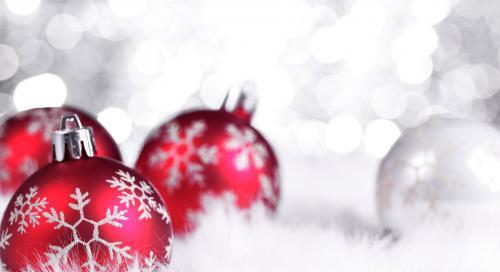 holiday-season-wallpaper-1-4e071a4058a56dda174f34c6ddb82fdb.jpg